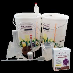 30 Bottle Starter Set & Italian Style White Wine (Sugar Required) Ingredient Kit
